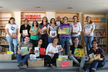 Visita de Carola Diez a Ndöní con el Proyecto Mirar Libritos